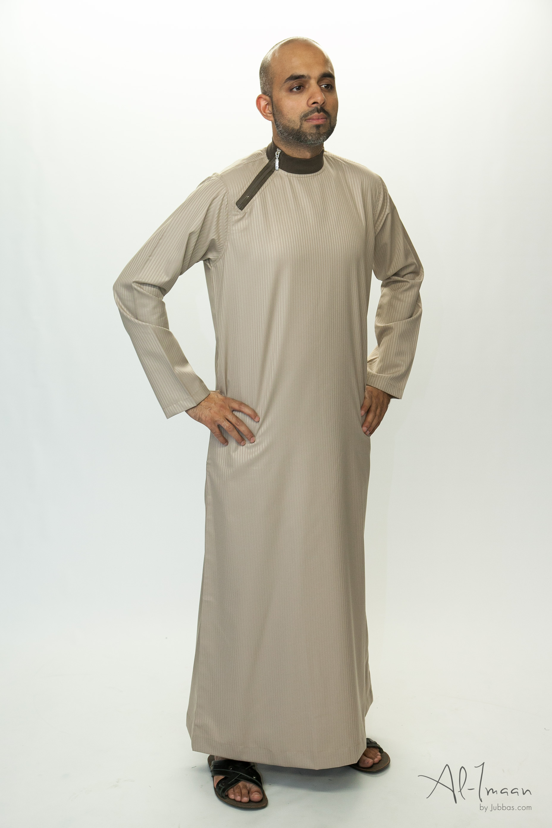 Side Zip Beige Islamic Jubba