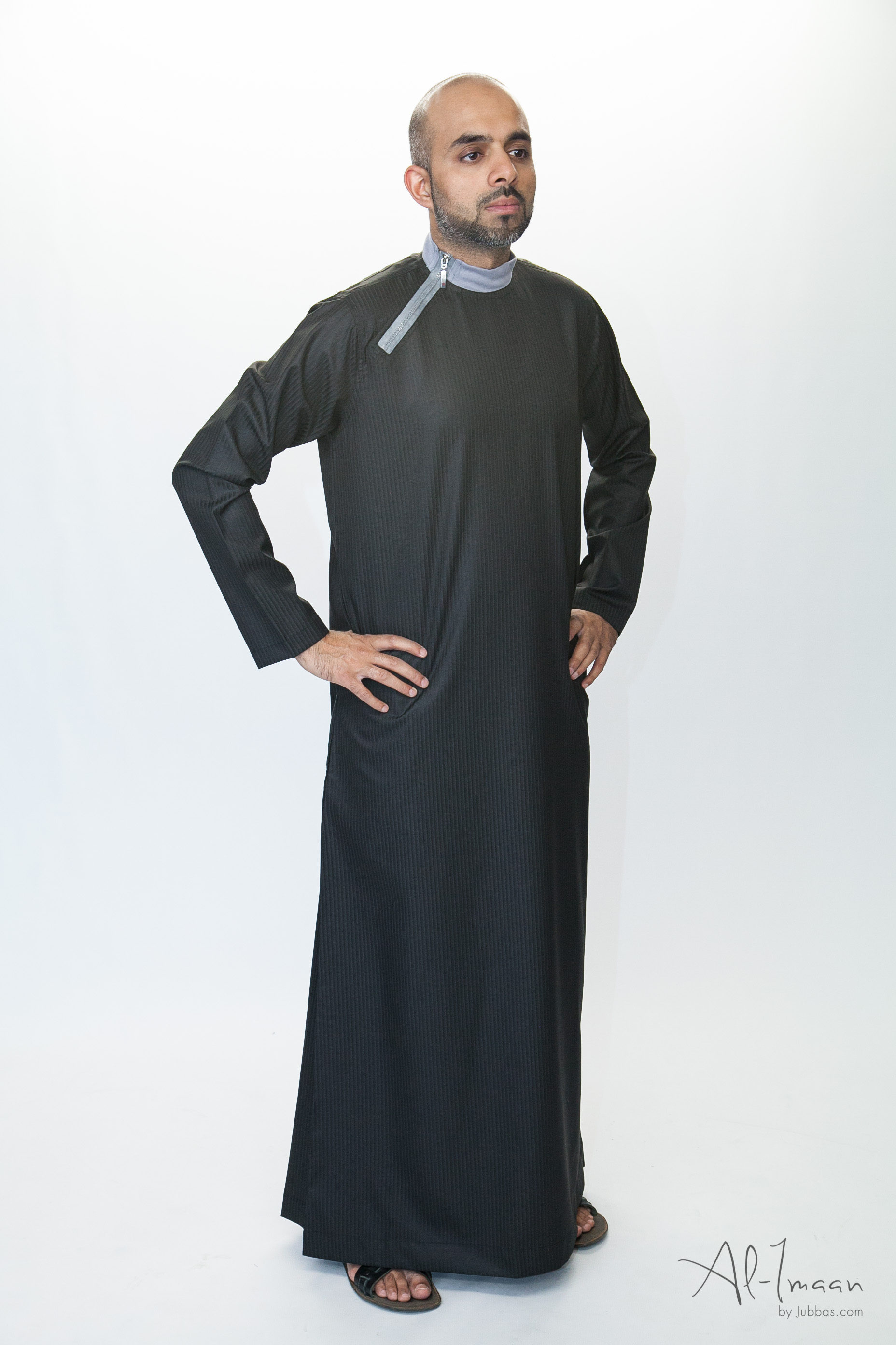 Side Zip Black Islamic Jubba